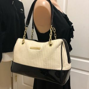 Anne Klein gorgeous bag with new conditions